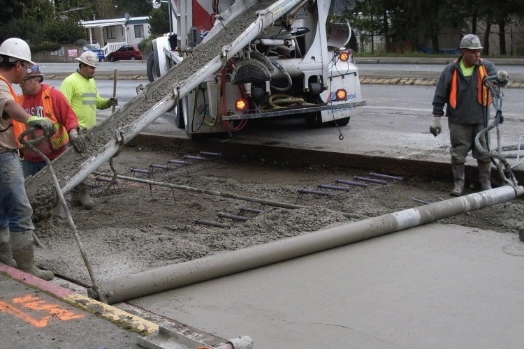 Laying concrete — Science Learning Hub